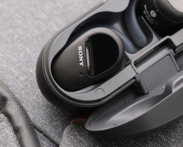 Fitness için ses geçirmeyen kulaklık kalabalık Sony SX-SP800N inceleme: